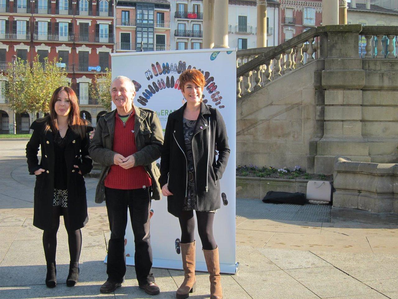 Candidatos de EH Bildu en el acto en la Plaza del Castillo