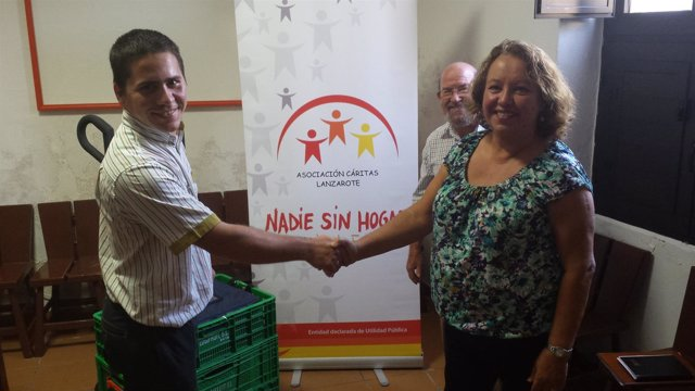 Fwd: Nota De Prensa + Foto De Colaboración De Mercadona Con El Comedor Social De