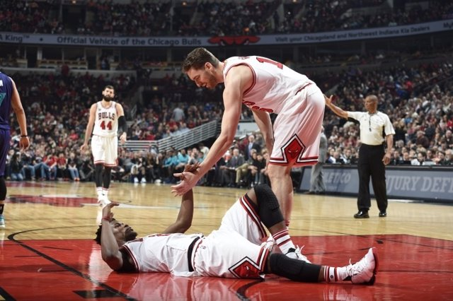 Pau Gasol Jimmy Butler Nikola Mirotic Chicago Bulls
