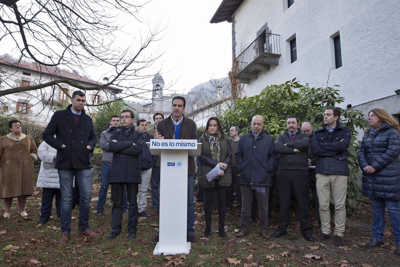 Candidatos y cargos de UPN-PP en el acto electoral en Leitza