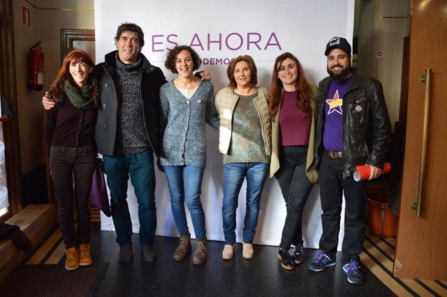 Nagua Alba y candidatos de Podemos.