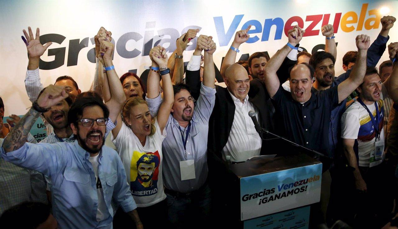 Maduro pierde el control de la Asamblea Nacional