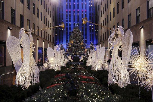 Holiday lights shine on the 83rd Rockefeller Center Christmas tree at Rockefelle