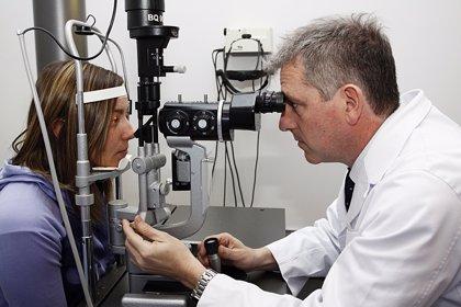 El ojo lloroso se corrige en un 90% de los casos con una cirugía compleja sin incisiones