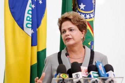 """Rousseff dice que respeta el resultado """"democrático"""" de las elecciones venezolanas"""