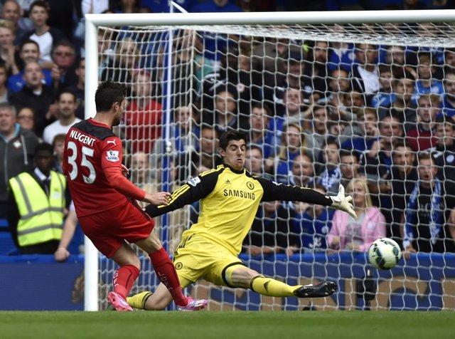 Courtois en su debut con el Chelsea