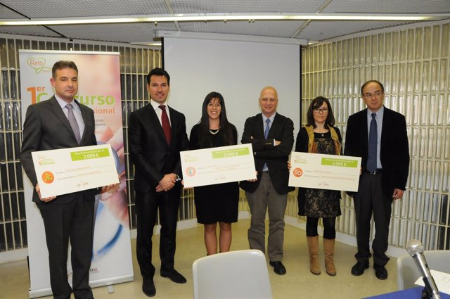 Ganadores y miembros del jurado