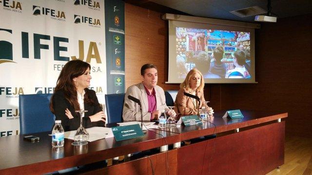 Caballero, Vera y Molina, en la presentación de la XIV edición de Feduca.