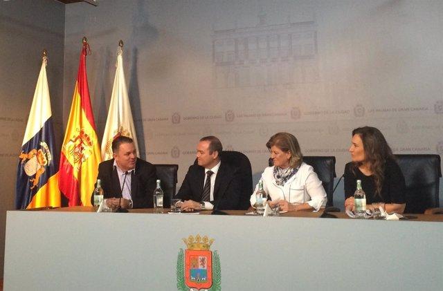 Santiago Negrín (RTVC), Hidalgo, Medina y Mapi Quintana (Antena3)