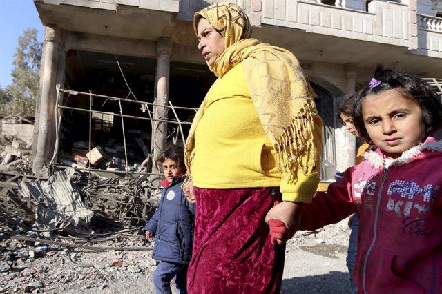 Residentes de la zona atacada por Estado Islámico en Siria