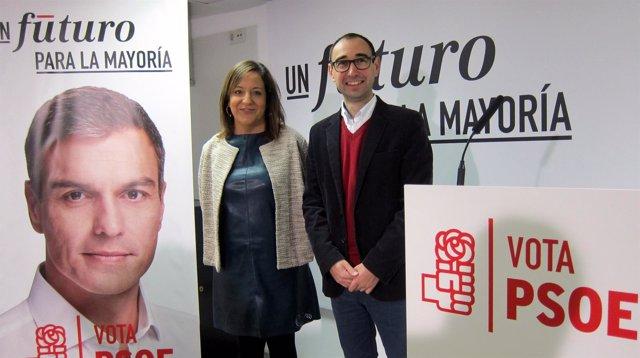 Iratxe García junto al cabeza de lista socialista al Congreso por Salamanca.