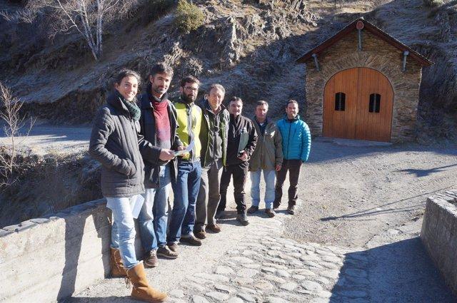 Representantes de los ayuntamientos de la Vall de Cardós y del Govern