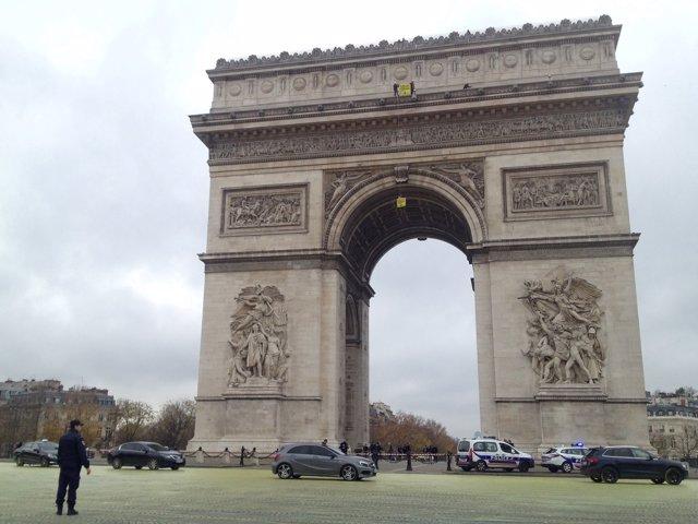 Greenpeace en la Cumbre del Clima de París