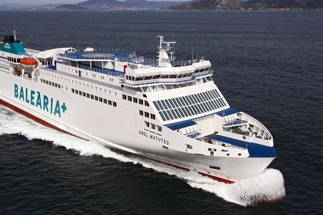 El buque de Baleària