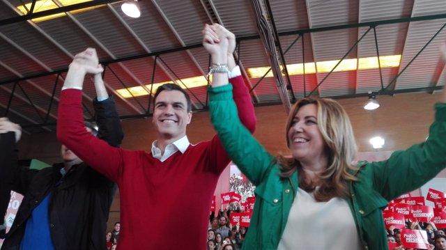 Pedro Sánchez y Susana Díaz en un mitin en Sevilla