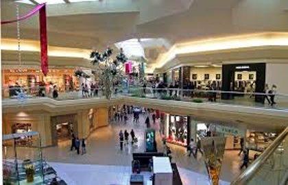 Desalojan varios centros comerciales en tres estados de EEUU por amenaza de bomba