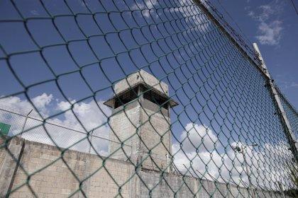 Desmantelada una red colombiana que usaba correos humanos para meter droga en prisión