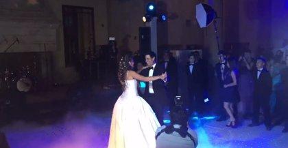 VIDEO: Chayanne en su faceta más tierna bailando con su hija