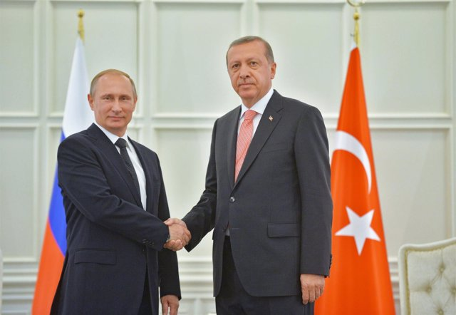 Putin y Erdogan durante un encuentro en Azerbaiyán