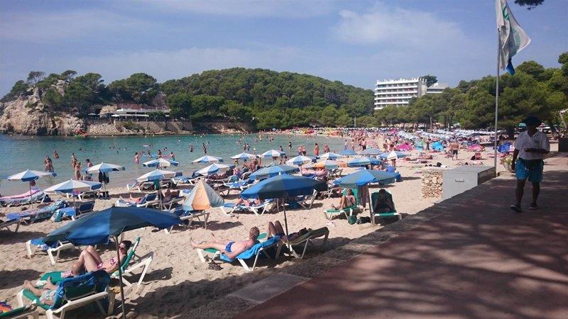 Cuatro de cada cinco reservas hoteleras en 2015 han sido for Agencia turismo madrid