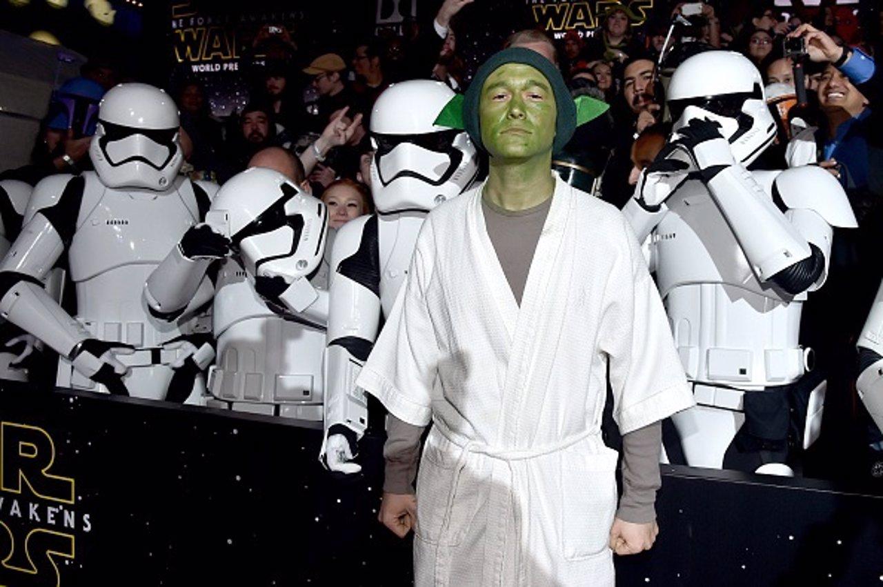 Joseph Gordon-Levitt disfrazado de Yoda