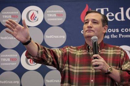 EEUU.- Investigan si Ted Cruz reveló información clasificada en el debate republicano