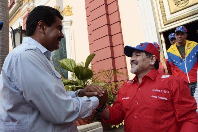 Nicolas Maduro y Maradona