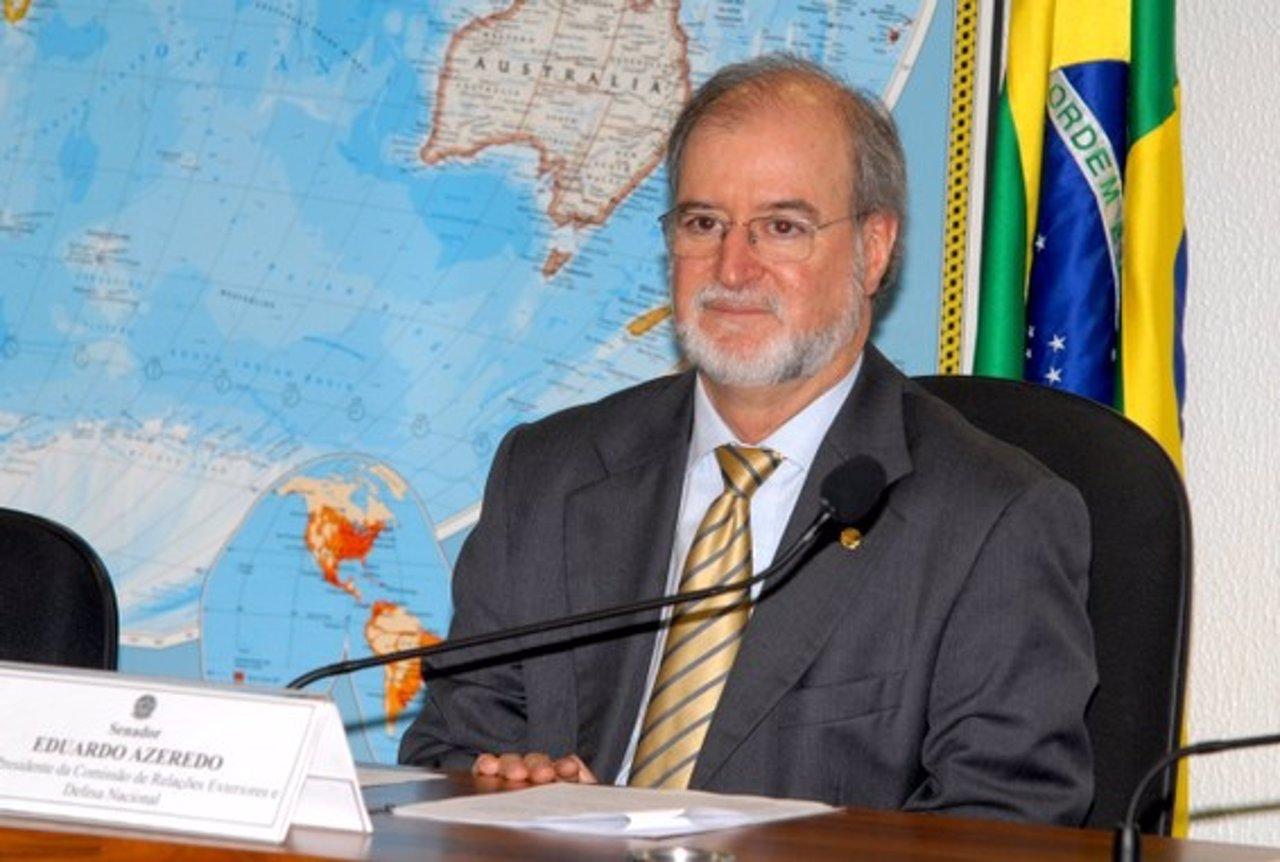 Exsenador brasileño Eduardo Azeredo es condenado a más de 20 años de cárcel por