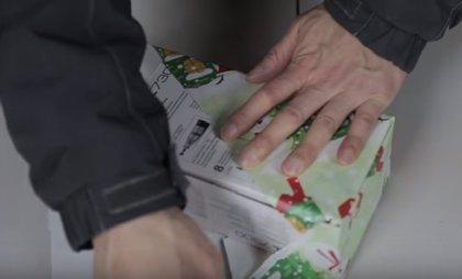 El truco japonés para envolver regalos que triunfa en YouTube