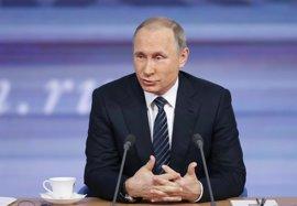 """Putin defiende que """"ambos bandos deben hacer concesiones"""" en Siria"""