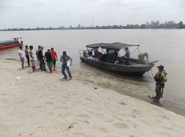 Rescatan los cuerpos de dos menores en el río Magdanlena, Colombia