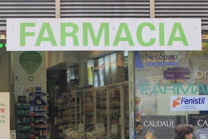 Las farmacias catalanas cobran 213 millones y el impago se reduce a 117,8 millones