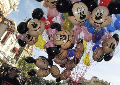 Los parques Disney en EEUU usarán detectores de metales y prohibirán las armas de juguete