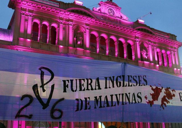 Conflicto Anglo-Argentino Por La Soberanía De Las Malvinas
