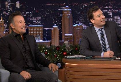 The Roots tocan Hungry heart de Bruce Springsteen al estilo de Ramones