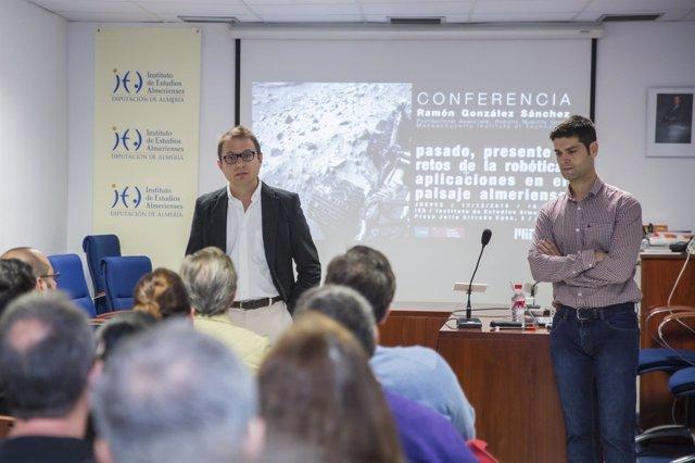 Ramón González habla sobre el futuro de la robótica en el IEA.