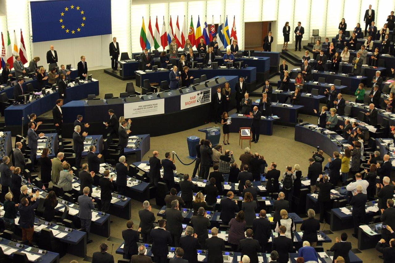 Entrega del premio Sajarov a la mujer de Raif Badawi
