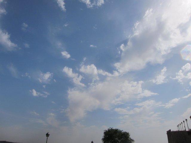 Nubes, nublado, buen tiempo, sol, temperaturas, despejado