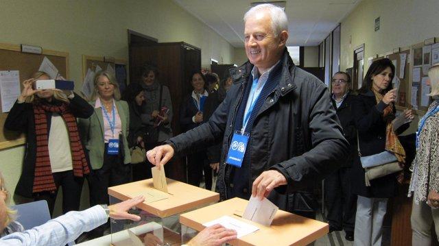 Eloy Suárez, cabeza de lista de la coalición PP-PAR al Congreso por Zaragoza