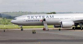 Francia detiene a un hombre por la falsa alarma en un avión de Air France
