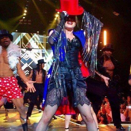 Vídeo: Madonna termina un concierto sin amplificación después de que le cortaran la luz