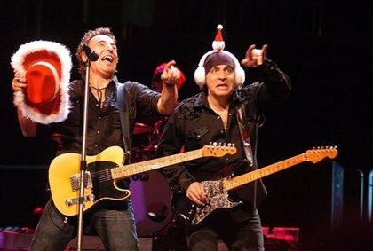 De U2 a Bruce Springsteen: 10 villancicos alternativos
