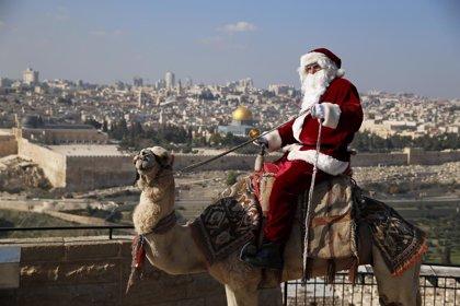 Galería: así llega Papá Noel a las ciudades de todo el mundo
