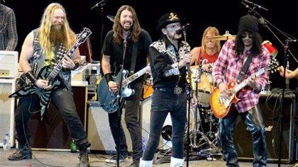 Muere Lemmy Kilmister de Motörhead: sus 10 colaboraciones fundamentales