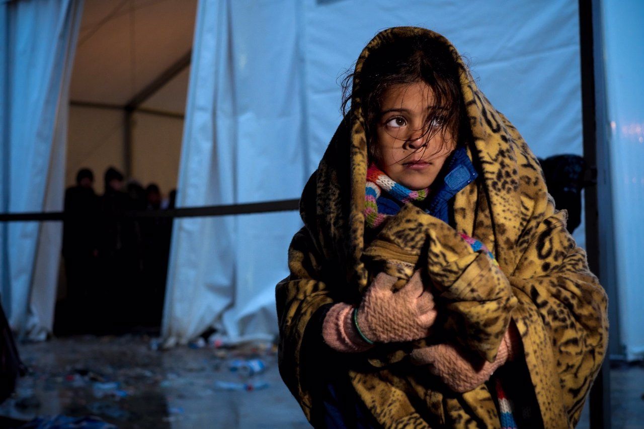 Niña refugiada en Macedonia