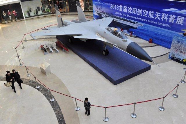Caza Shenyang J-15 chino