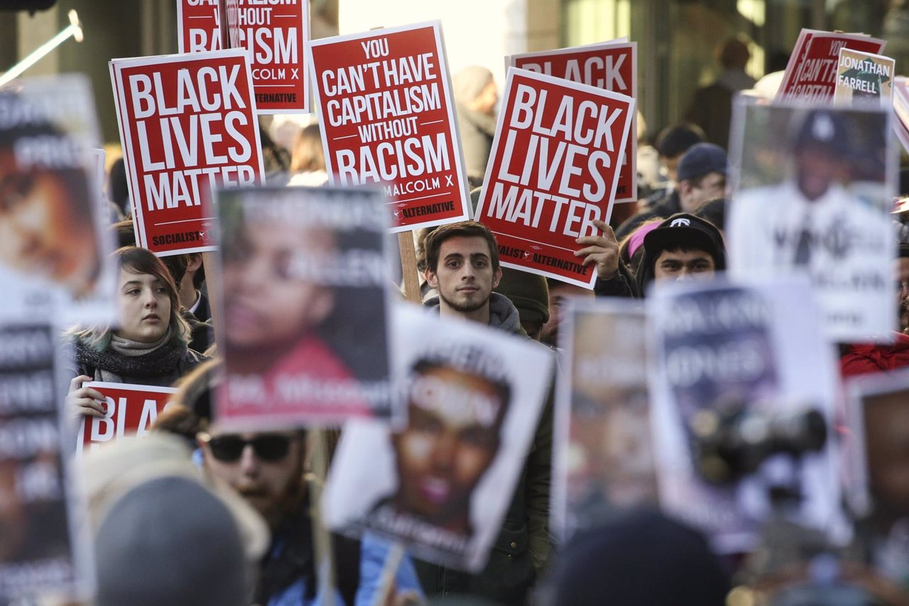 Black Lives Matter protesters gather in Westlake Park near Westlake Mall during