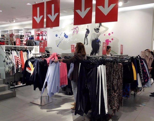 Rebajas, compras, comercio, consumo, ropa, moda, tienda, alimentos, precios, IPC