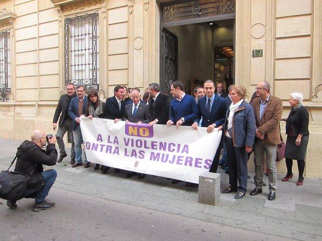 Concentración frente a la Diputación Provincial
