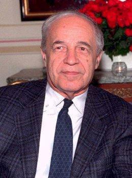 PIERRE BOULEZ , compositor francés